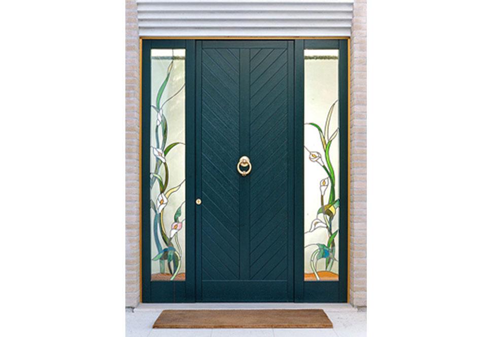 Porta di ingresso in legno laccato puntoci for Legno laccato